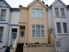 5 bedroom Terraced to rent