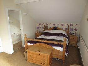 8 bedroom Detached for sale