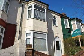 4 bedroom Terraced to rent