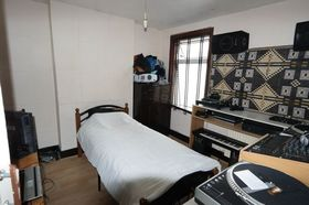 2 bedroom Terraced for sale