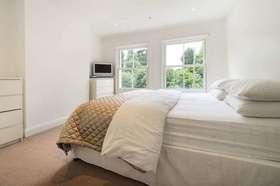 4 bedroom Terraced for sale