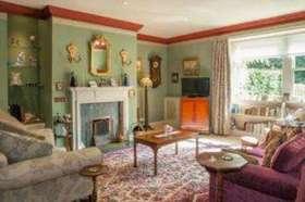 8 bedroom Terraced for sale