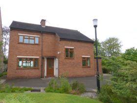 Bungalow To Buy Congleton Holmes Chapel Road 3 Bed Cw12