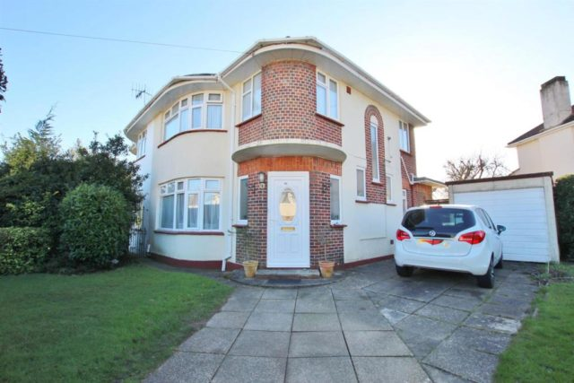 House For Sale In Bournemouth  Bed